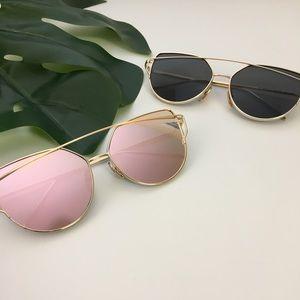 Accessories - Mirrored Rose Gold Sunglasses